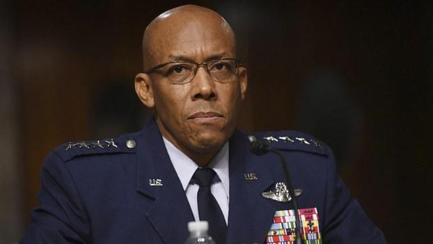 美国空军参谋长布朗(Charles Brown)(法新社)