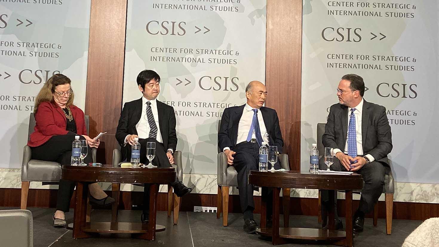 华盛顿智库战略与国际研究中心研讨会:美日同盟60年,左二为日本法政大学教授森森聡(Satoru Mori)。(王允摄)