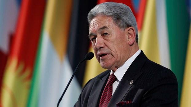 新西兰副总理兼外长彼得斯(Winston Peters)周二宣布终止对港引渡协议。(路透社)