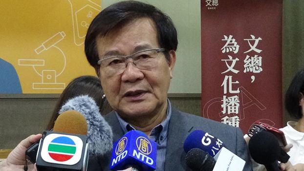 文化总会副会长江春男(司马文武)谈五四精神对台湾党外运动、民主化的影响。(记者夏小华摄)
