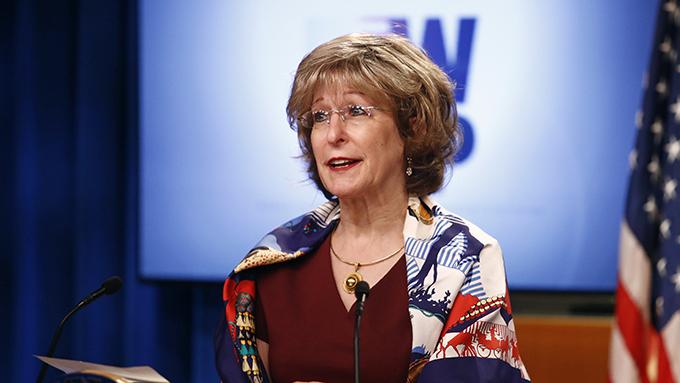 美国国际开发署副署长邦妮·格里克(Bonnie Glick)在会议上指出,5G是人工智能、远程医疗等方面的重要基础,因此5G发展趋势也是全球议题。(美联社)