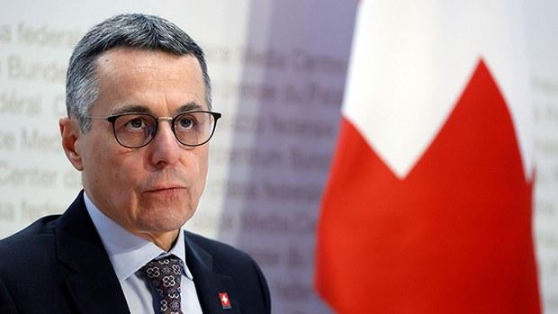 瑞士外交部:中国假新闻错误报道影响大