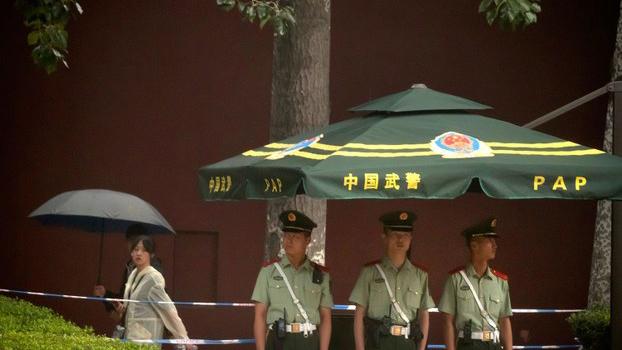 """今年十月一日是中共建政七十周年。八月下旬,北京城进入""""十一""""安保模式。(资料图/美联社)"""
