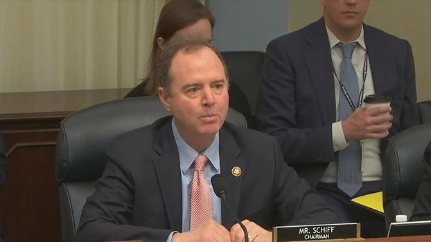 美国国会众议院情报委员会主席、民主党籍议员谢安达(Adam Schiff)在听证会上讲话。 (视频截图)
