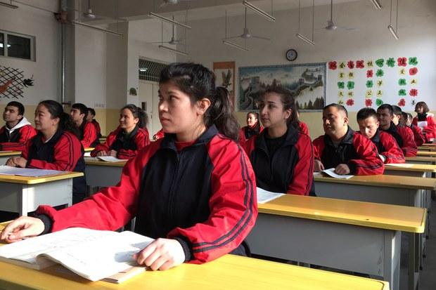 官方称少数民族人口增长远高于汉族 与地方数据背道而驰