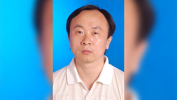 四川师范大学教授庹继光跳楼身亡,他生前一直在举报成都市成华区区长滥用权力强拆民宅(资料图)