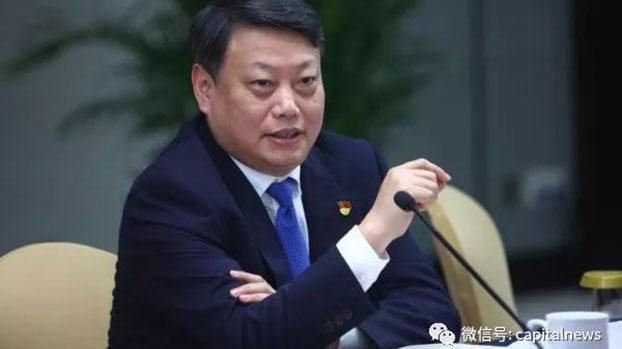59岁的唐一军在浙江省工作逾40年。2002年6月出任浙江省纪委常委兼秘书长,与同年10月转任浙江省副省长的现任国家主席习近平共事多年,被视为习近平的旧部。(微博图片)