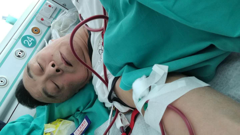 六四伤残人士齐志勇在医院,也被上岗。(志愿者提供/记者乔龙)
