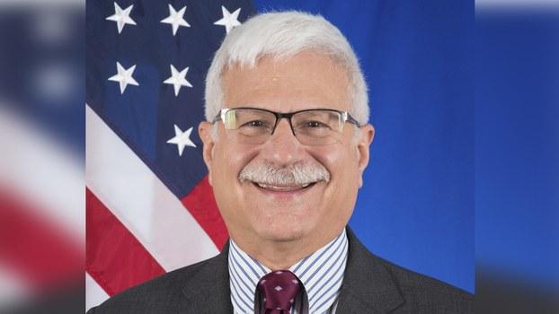 美国国务院西藏问题特别协调员戴斯卓(Robert A. Destro)(美国国务院)