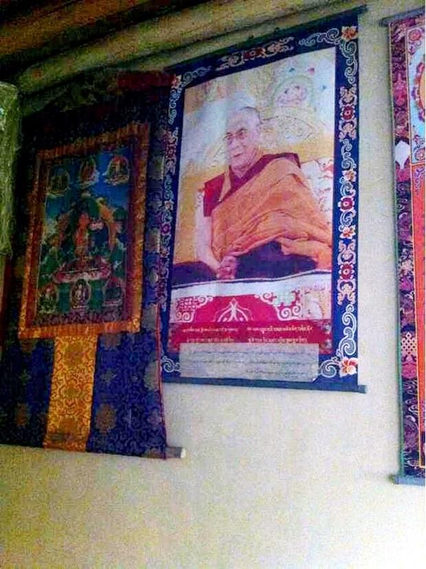 Dalai-Lama-photo-Thangka-in-Tibet.jpg