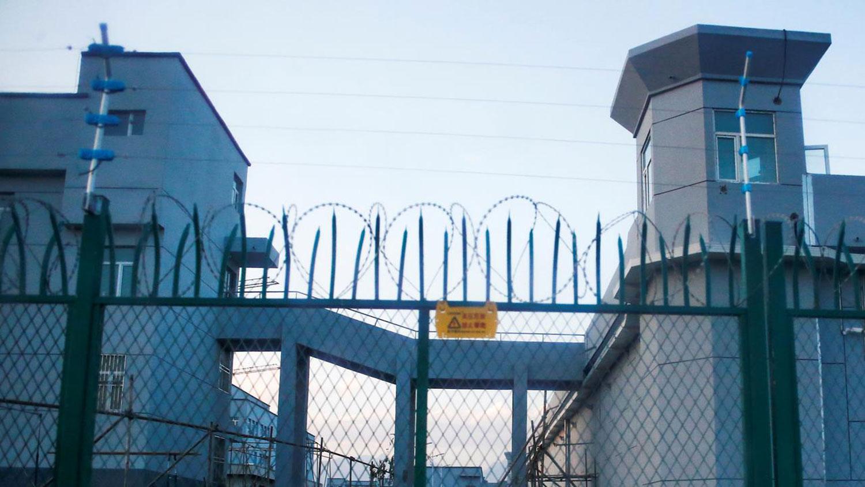 新疆一所再教育营。(路透社)