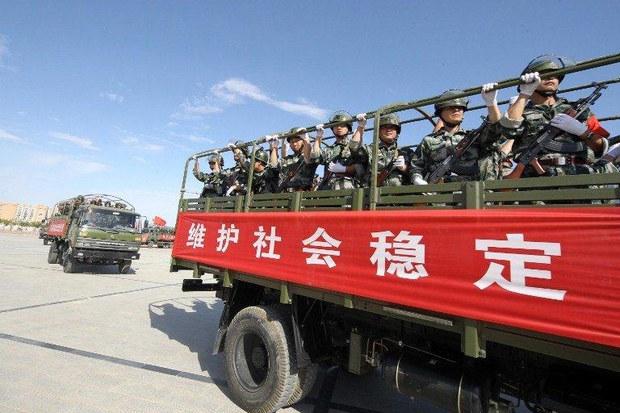 xinjiang-anti-terrorist-drill-police