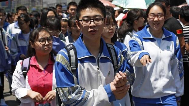 資料圖片:參加高考的中國學生(美聯社)