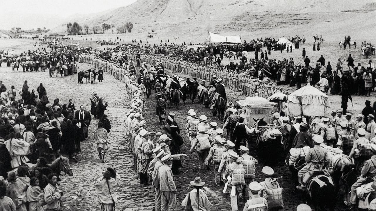 图片:中国解放军进入西藏。(达赖喇嘛西藏宗教基金会提供)