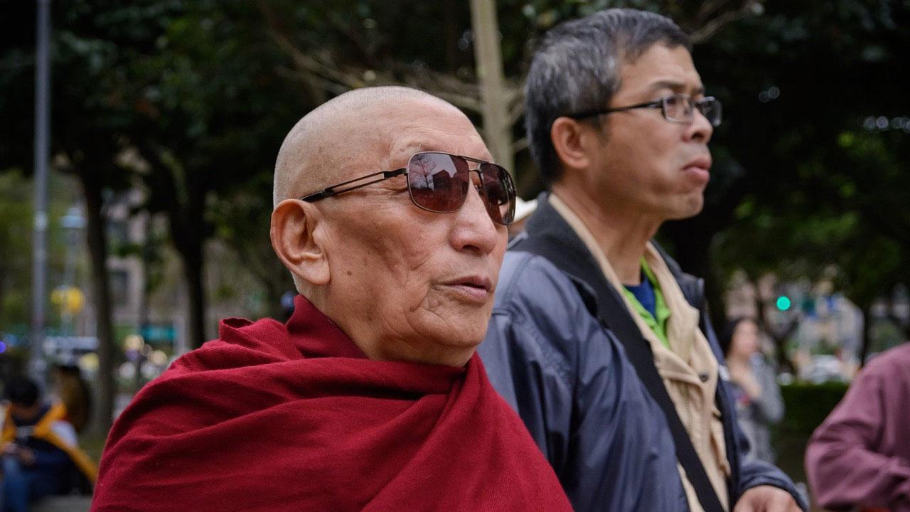 强巴加措格西每年参加在台北的三一零西藏抗暴纪念游行,争取西藏自由。(Artemas Liu摄、达赖喇嘛西藏宗教基金会提供)