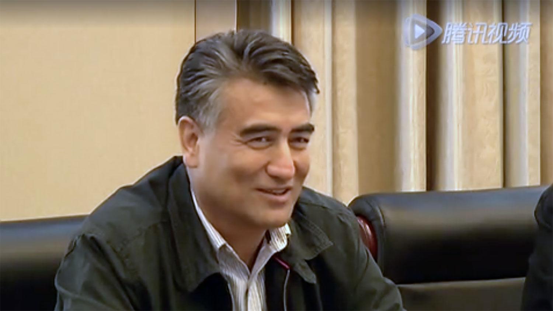 原新疆大学校长塔西甫拉提·特依拜(Tashpolat Tiyip)被判处死刑。(腾讯视频截图)