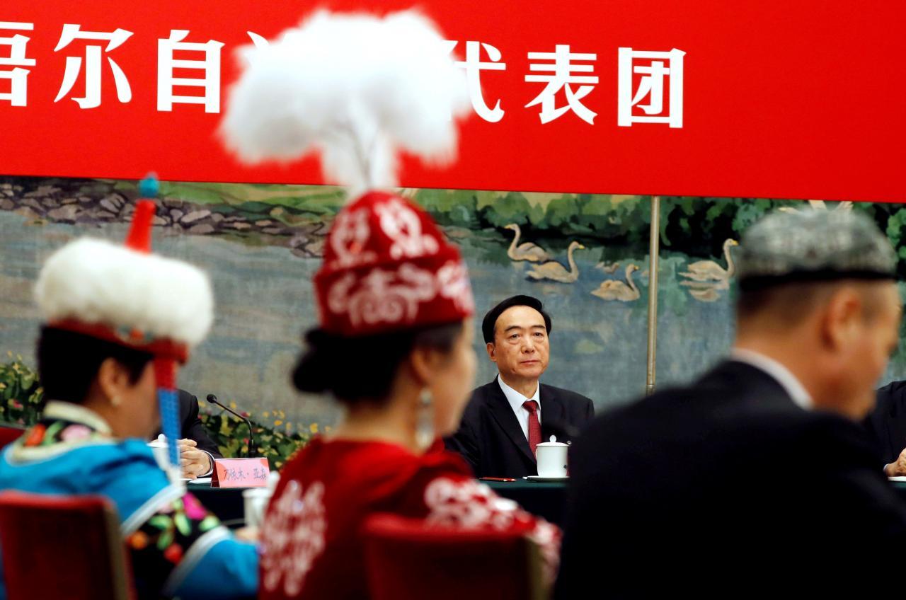 2017年10月19日,新疆维吾尔自治区党委书记陈全国参加十九大新疆代表团讨论会。 (REUTERS)