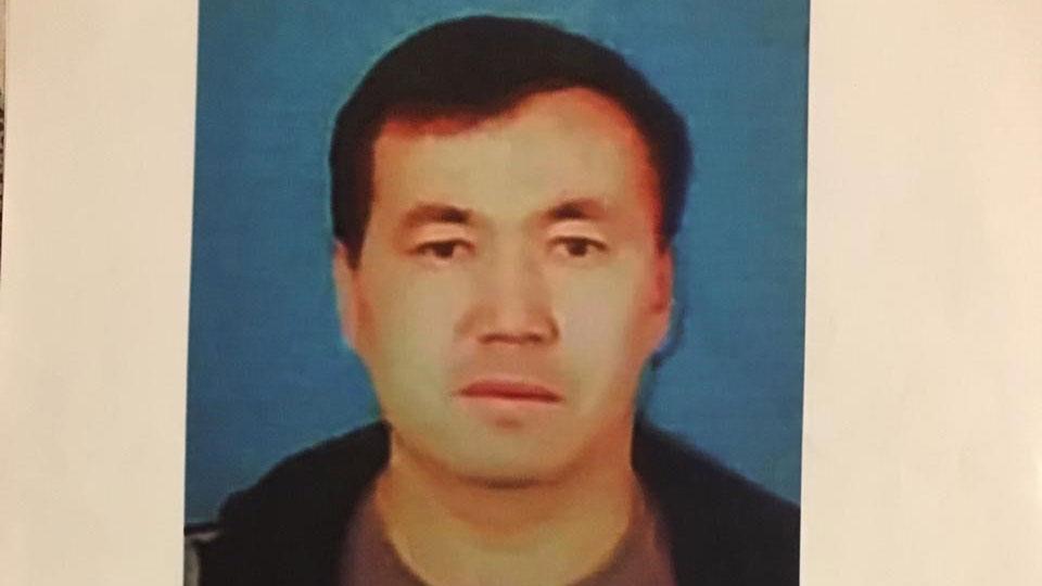 图片:新疆新源县哈萨克族塞力克江被捕后,与家人失联。(家属提供/记者乔龙)