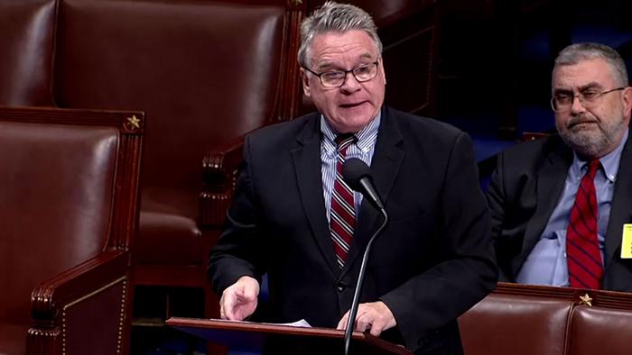 美国联邦众议员史密斯(Chris Smith)(视频截图/路透社)