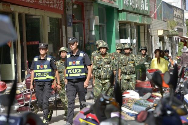 china-xinjiang-unrest-police