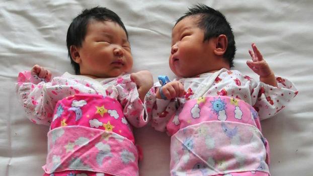 資料圖片:2015年10月,中國宣佈全面放開二胎政策。 (法新社)
