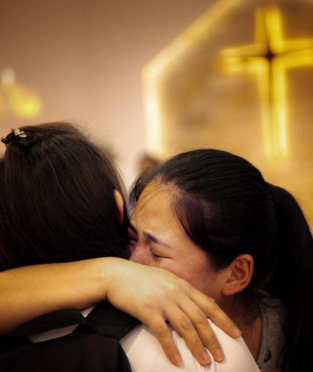 2019年3月26日,被行政拘留的姊妹已期满回到家中。(图源:秋雨之福大抓捕脸书)