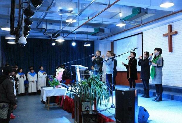 活石教会信徒聚会。(教会提供/记者乔龙)