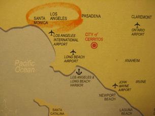 图片: 喜瑞都市(红圈)地处洛市南方,邻近机场与港口。 (记者萧融拍摄)