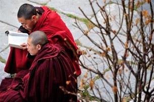 kangding_monks-305.jpg