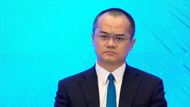 王兴吟诗得罪领导层  学者指北京逼民企一起向左转