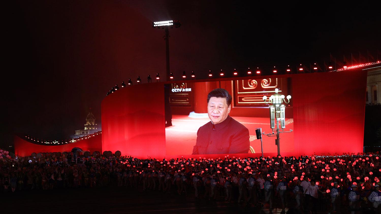 """也有认为,习近平此次湖南之行,除了强调""""红色基因"""",也为在10月召开的中共十九届五中全会上,进一步提升个人名望进行热身。(美联社资料图片)"""