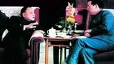 鄧小平祕書向李鵬傳達鄧小平的意見 要李鵬頂住壓力 不能改變四.二六社論對學運的定性。圖爲鄧小平與李鵬。(檔案資料圖)