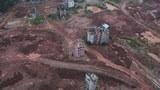 资料图片:中国地方政府准备出售的一片土地(Imaginechina)