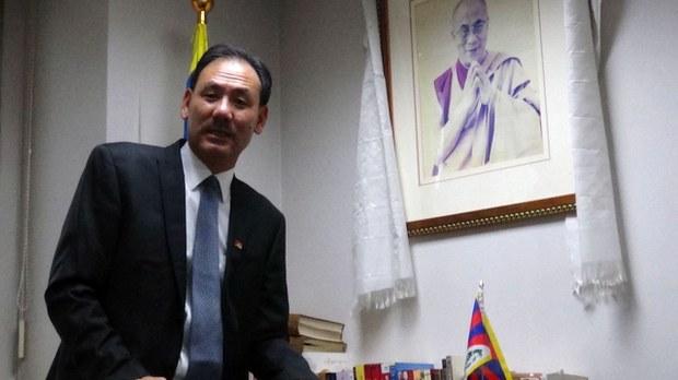 2021年4月22日接任藏人行政中央和达赖喇嘛驻台湾代表的格桑坚参(Bawa Kelsang)(记者夏小华摄)
