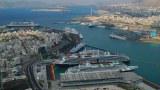 希腊比雷埃夫斯港。(视频截图)