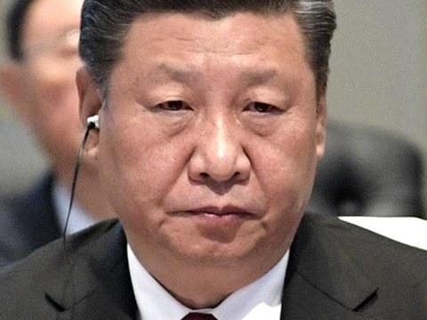"""曾庆红向江泽民推荐这位王储时,说他""""性格沉稳、遇事冷静"""",不是虚言。"""