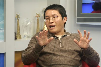 图片:中共中央理论刊物《学习时报》被罢黜的副编审邓聿文。(百度百科)