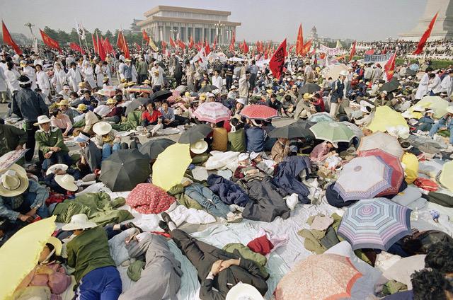 日本政府在1989年天安门事件后认为,如果日本跟西方国家共同制裁中国,可能迫使中国回到毛泽东时代。(美联社)