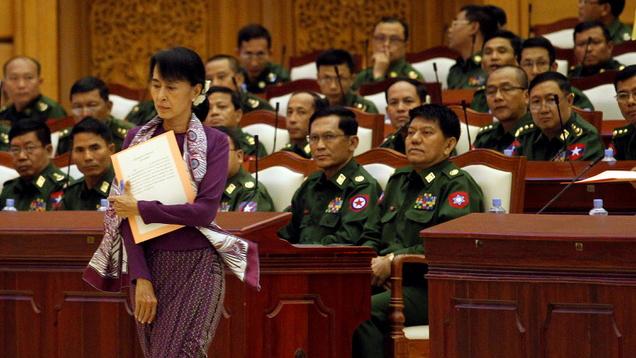 缅甸军方去年11月选举后指称选举不公,今年二月一日以选举舞弊为由发动政变。(路透)