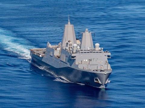 美舰纽奥良号与日、法和澳大利亚举行联合训练。