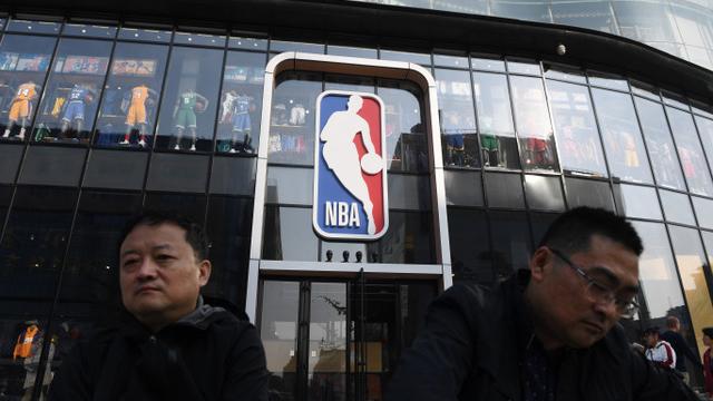"""中共杠上NBA得罪美国,操作""""民粹爱国主义""""拿经济当武器的手段完全失控。(法新社)"""