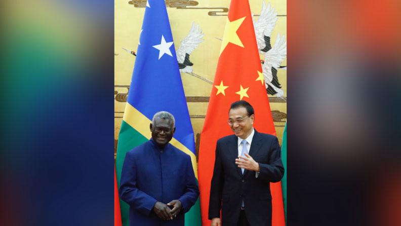 中国总理李克强会见所罗门群岛总理索加瓦雷。(法新社)