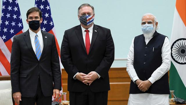 美国国务卿蓬佩奥在美国大选前夕访问印度,参与美印外长和防长2+2会谈。(法新社)