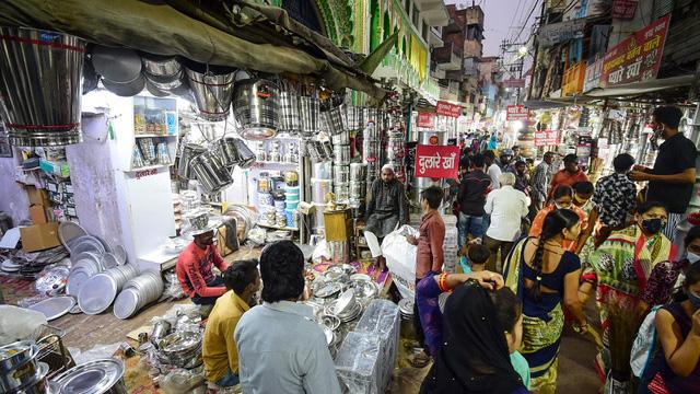 印度因为忧虑中国产品大量倾销印度,退出了区域全面经济伙伴关系协定的谈判。(法新社)