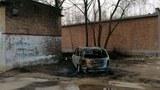 河北威县五里台村的村民赵国军,披露他家的房子和车被人纵火焚烧。(赵国军提供)