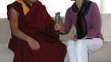 """北明(Bei, Ming)2009年10月10日在华盛顿采集西藏精神领袖达赖喇嘛对""""走进西藏""""听众的讲话"""