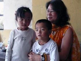 Lijianglin and kids280