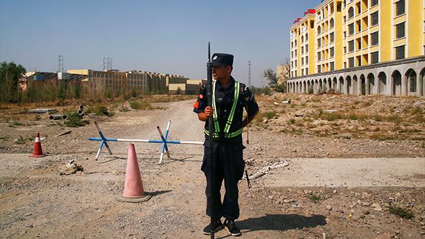 新疆伊寧的一所拘留營(路透社資料圖)