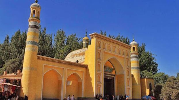 位于中国新疆喀什的艾提卡尔清真寺,是新疆最大的清真寺。(Public Domain)