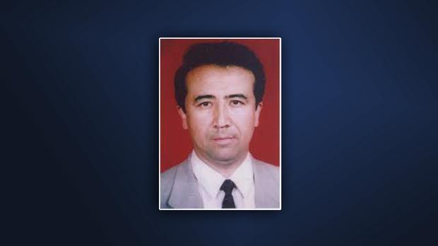 維吾爾文學教授海拉提江.烏斯曼(Gheyratjan Osman)則被以模糊不清的分裂主義罪名判刑 10 年。(圖源:2021年8月11日RFA英文報道)